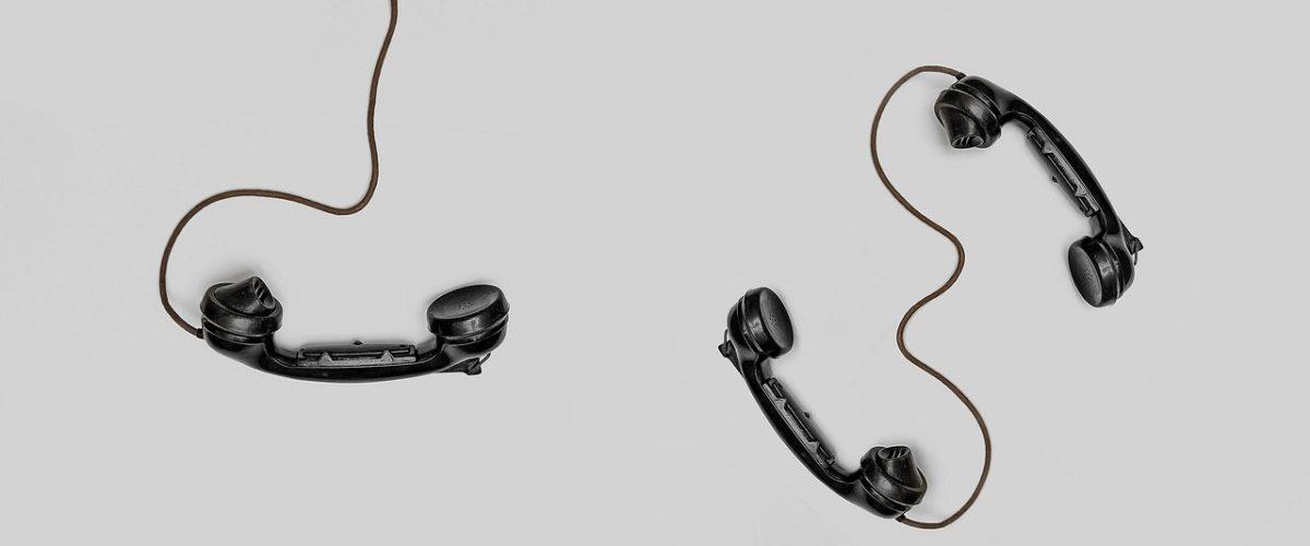 Communication physique VS digitale : quelle option choisir ?